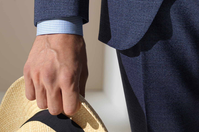 广州佛山西服定制,如何选择靠谱的西装定制店?