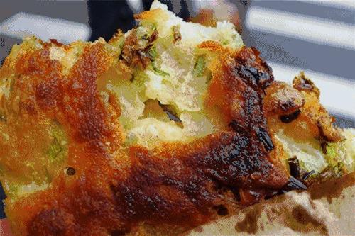阿大葱油饼的做法_推荐上海10个特色美食,来上海旅游必吃 - 知乎