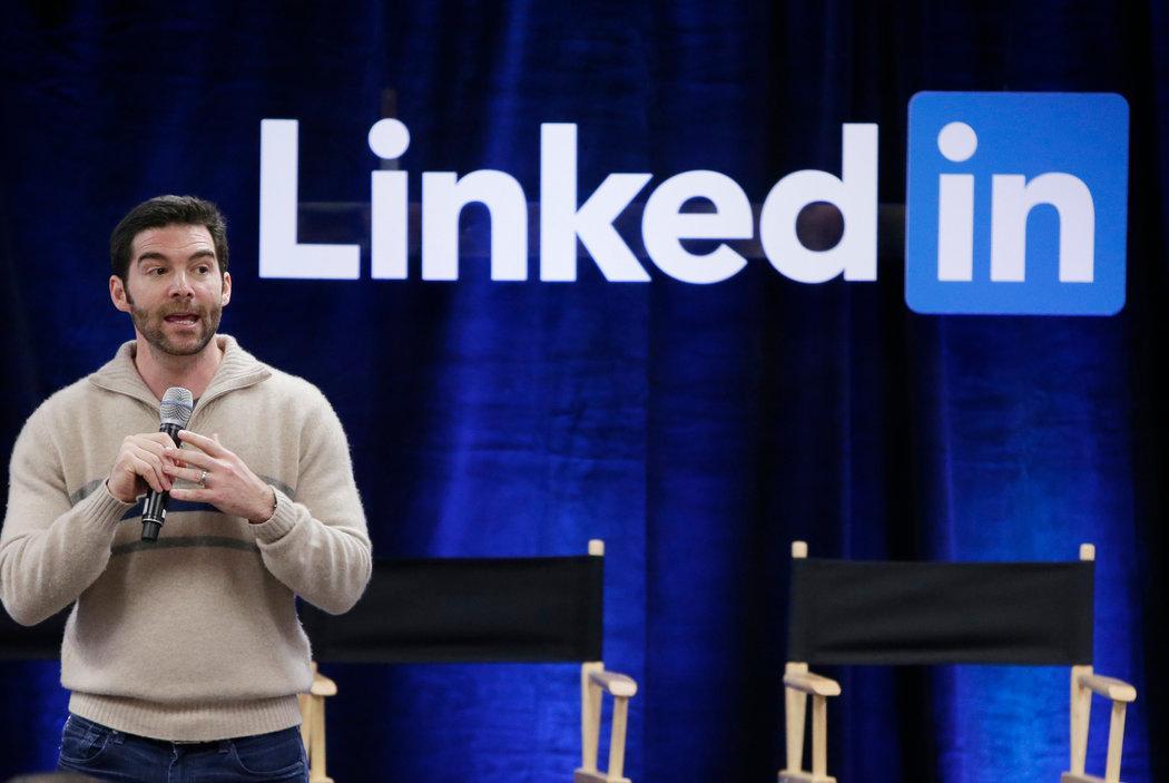 Linkedin领英营销吸粉-教你如何利用领英发文章吸引客户。